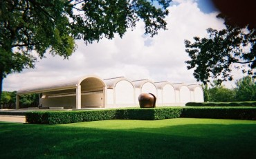 Louis Kahn: Kimbert Art Museum