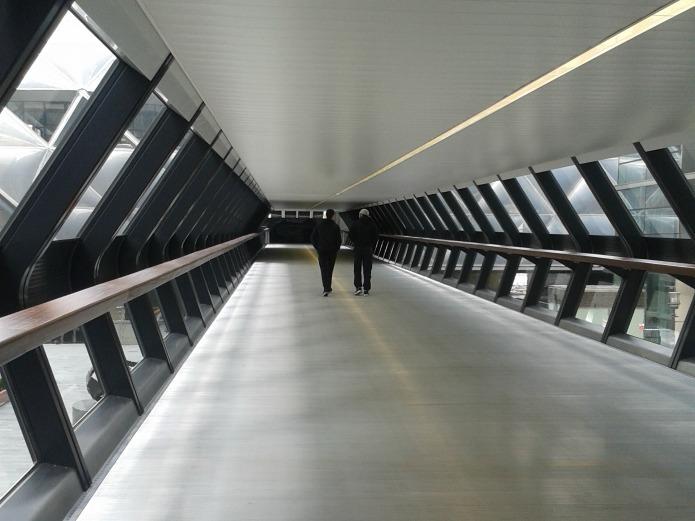 Crossrail Place: Walkway