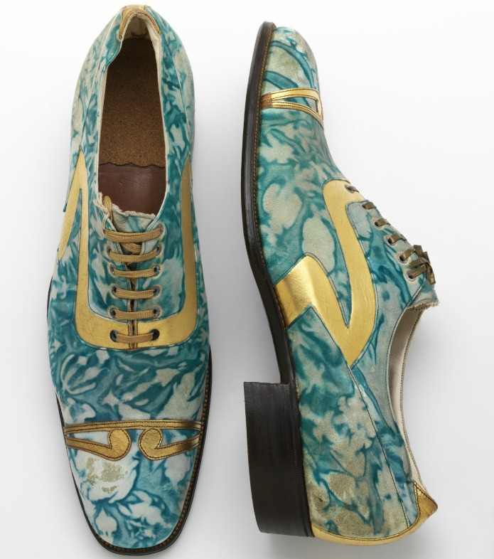 Mens' shoes, gilded and marbled leather, Northamptonshire, England, 1925