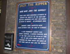 London Jack The Ripper Sign. Photo Credit: ©José María Mateos/Flickr.