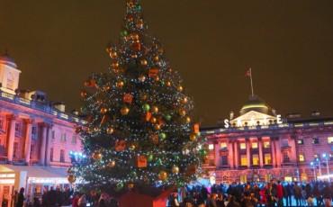 London Christmas Tree 2015 - Somerset House