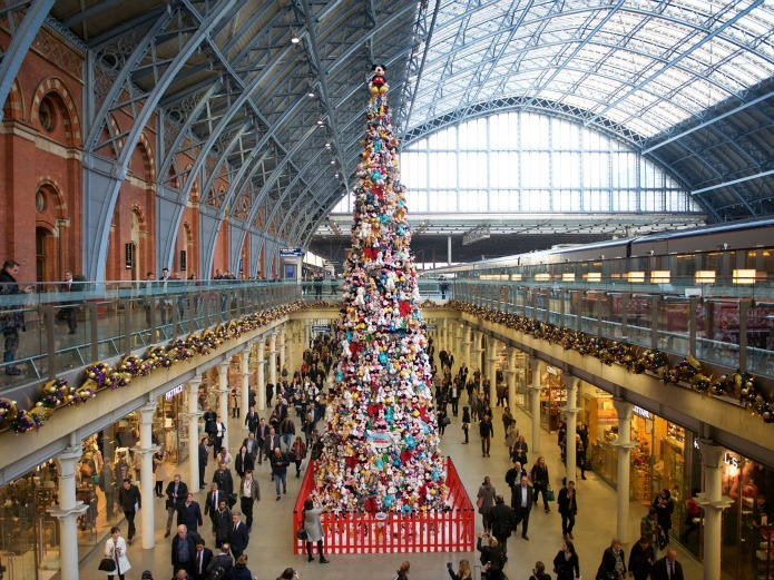 St Pancras International - Christmas Tree