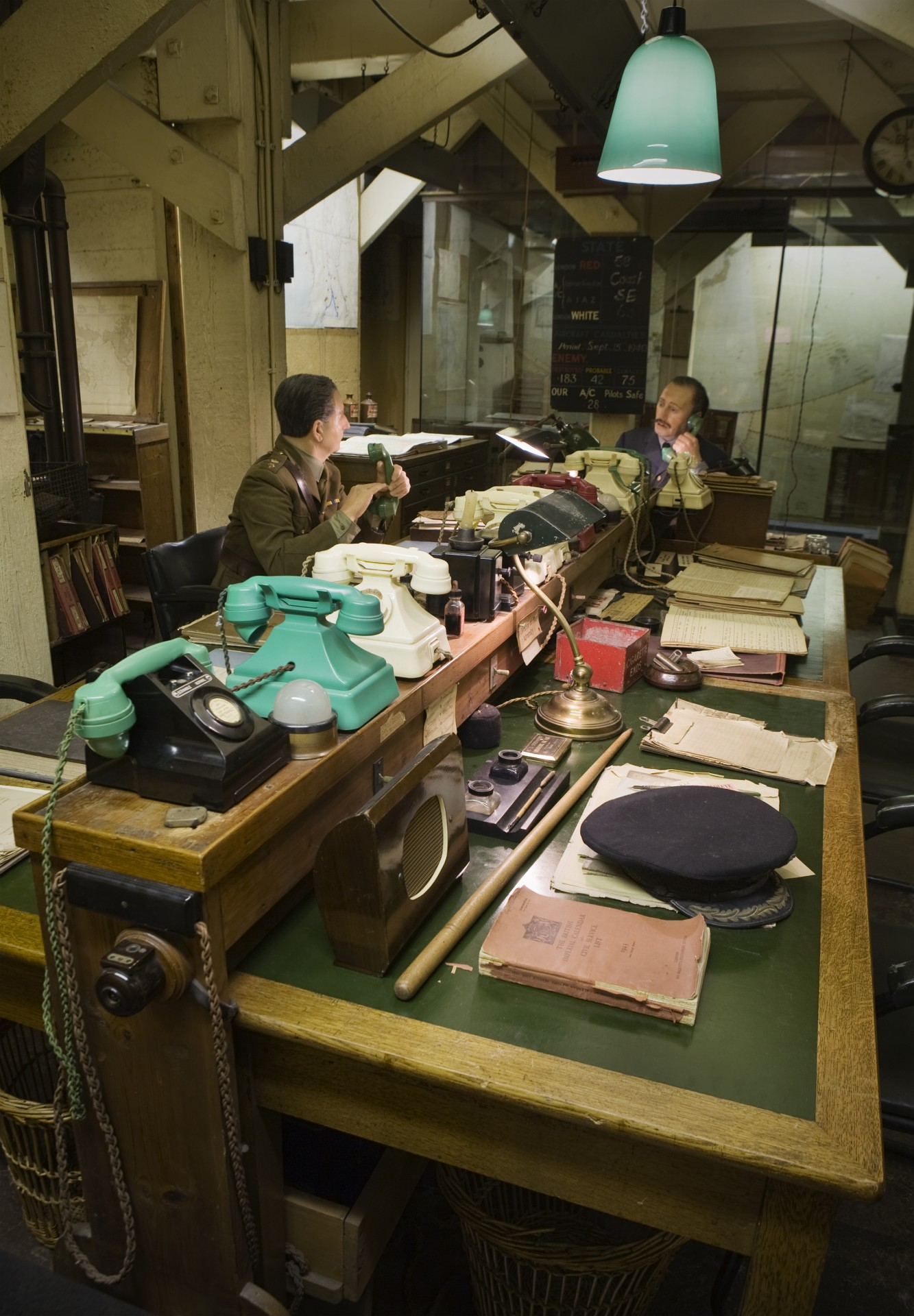 Churchill war rooms tour guide london - Churchill war cabinet rooms ...