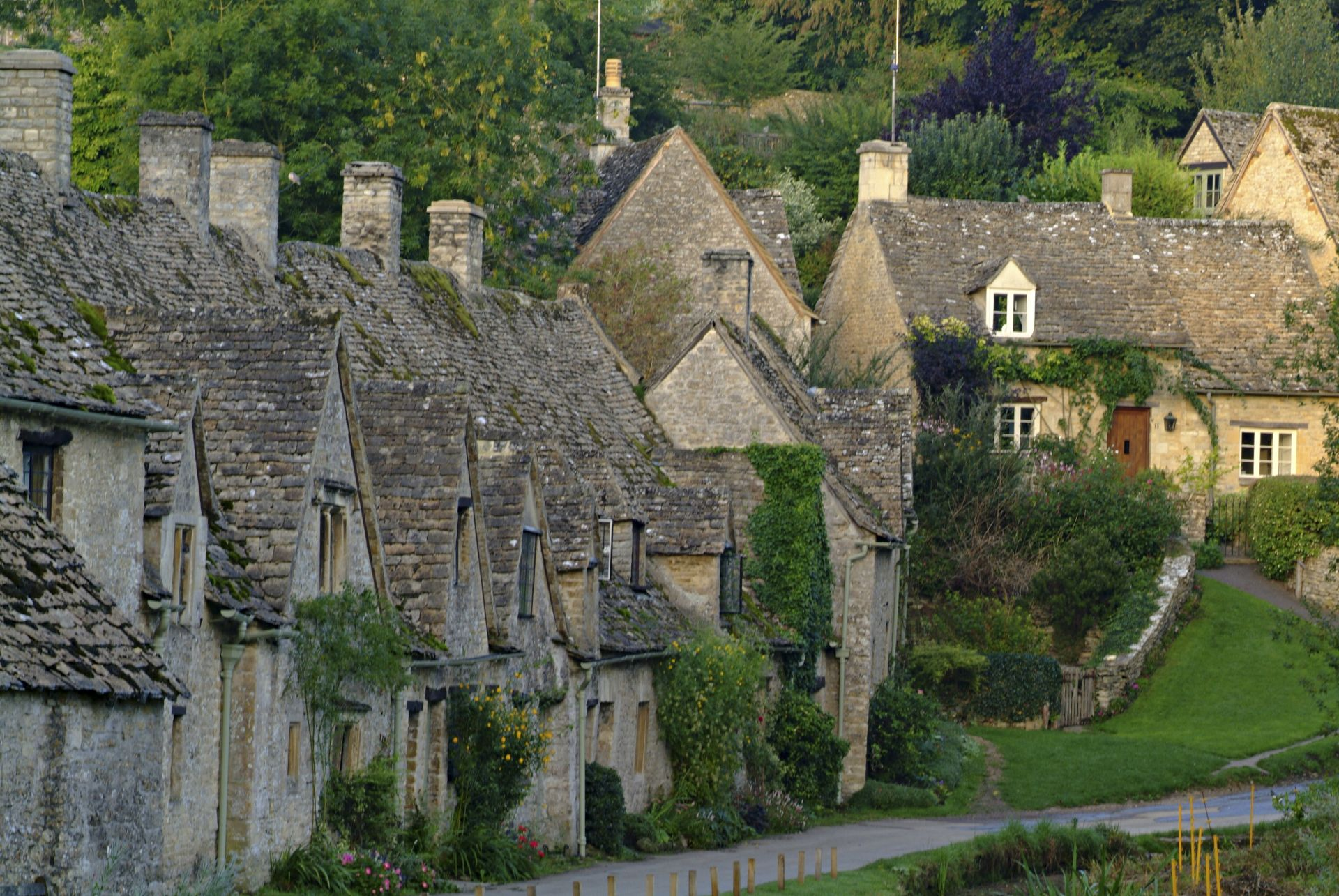 Cotswolds tour guide london for Wallpaper home england