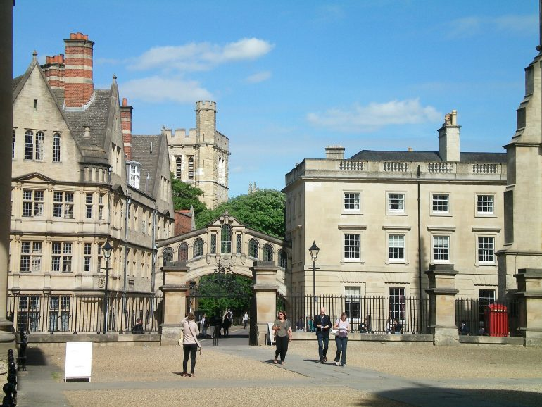 Oxford_Hertford Bridge, popularly known as the Bridge of Sighs, is a skyway joining two parts of Hertford College over New College Lane in Oxford, England. Its distinctive design makes it a city landmark. Photo Credit: ©Papannon/Pixabay.