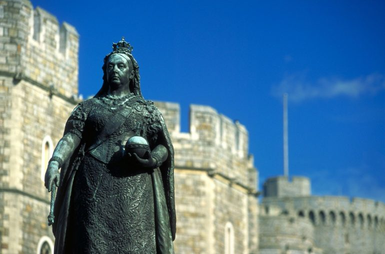 Golden Jubilee - Queen Victoria Statue outside Windsor Castle, Windsor, Berkshire, England.