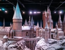 Harry Potter: Warners Bros Studios - Scale model of Hogwarts. Photo Credit: ©Waldo Miguez/Pixabay.