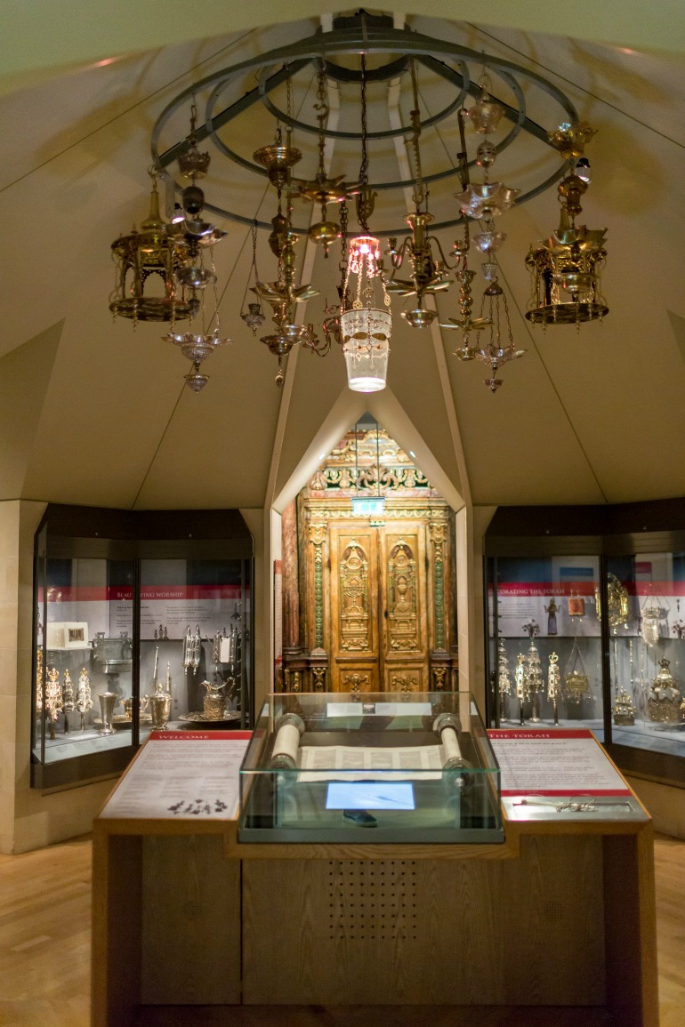 The Jewish Museum London - Judaica Gallery. Photo Credit: ©Benedict Johnson.