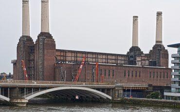Battersea Power Station: © Photo Credit: Berit Watkin via Flickr.