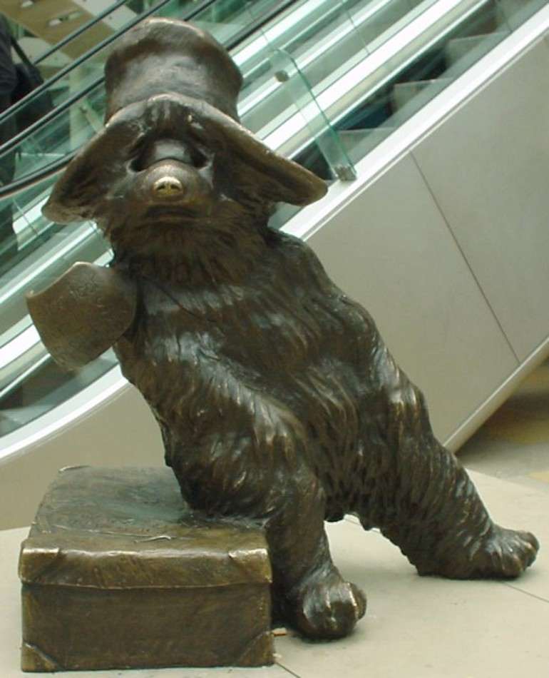 Bronze statue of Paddington Bear, by sculptor Marcus Cornish. Photo Credit: © Lonpicman via Wikipedia Commons.