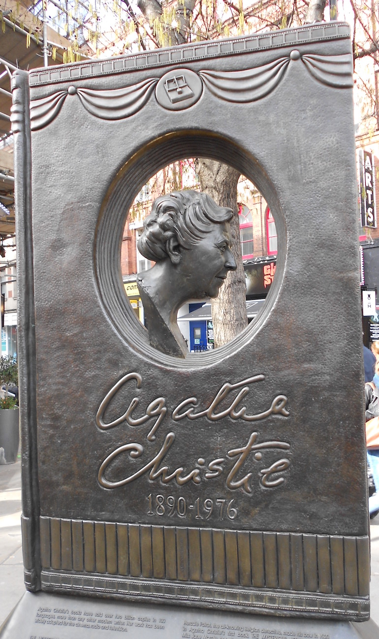 Agatha Christie Memorial. Photo Credit: © Diagram Lajard via Wikimedia Commons.