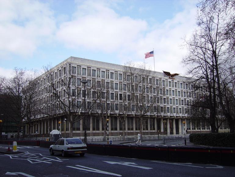 Old American Embassy in London near Grosvenor Square in Mayfair. Photo Credit: © Public Domain via Wikimedia Commons.
