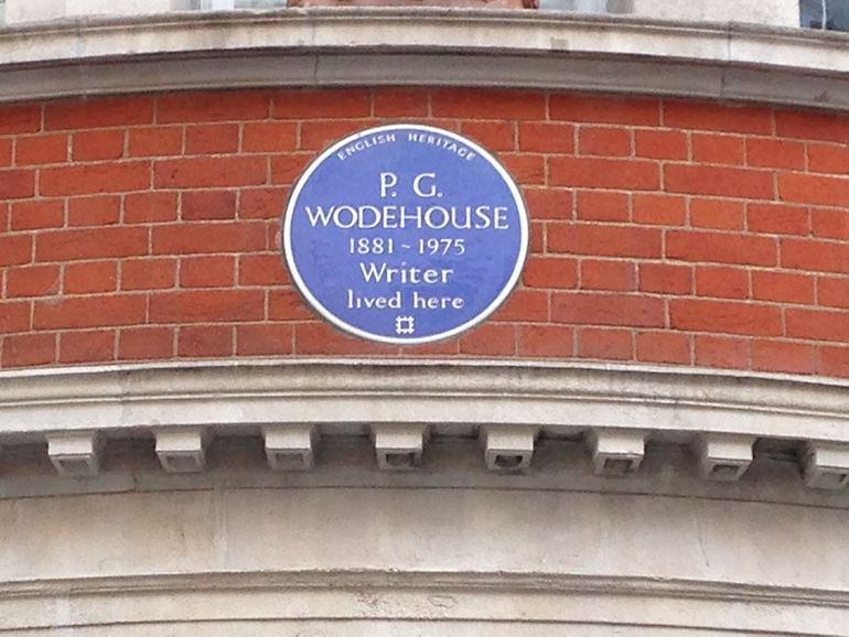 English Heritage Blue Plaque for P.G. Wodehouse in London. Photo Credit: © Gareth E Kegg via Wikimedia Commons.