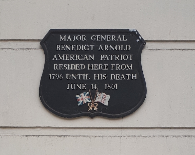 Major General Benedict Arnold black plaque in London. Photo Credit: © Mike Armitage.