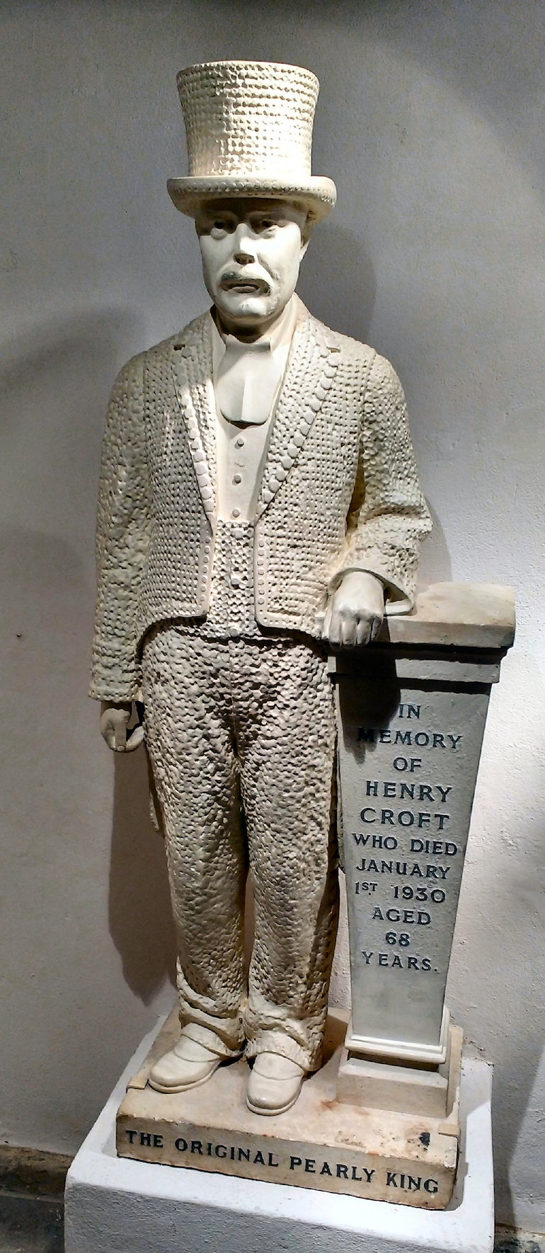 Henry Croft statue located in St Martins in the Fields in London. Photo Credit: © Andy Scott via Wikimedia Commons.