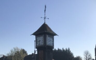 1937 George VI Coronation Clock in Northolt,London. Photo Credit: © Steven Szymanski.