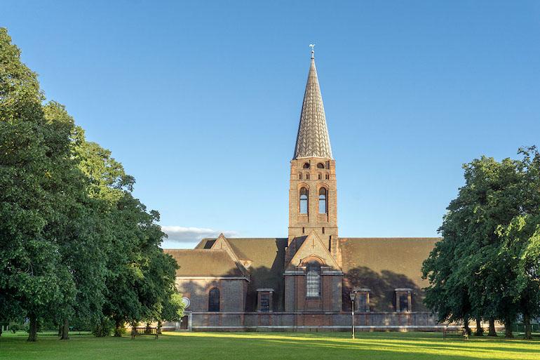 St Jude's Church, Central Square, Hampstead Garden Suburb. Photo Credit: © Alex Robinson.