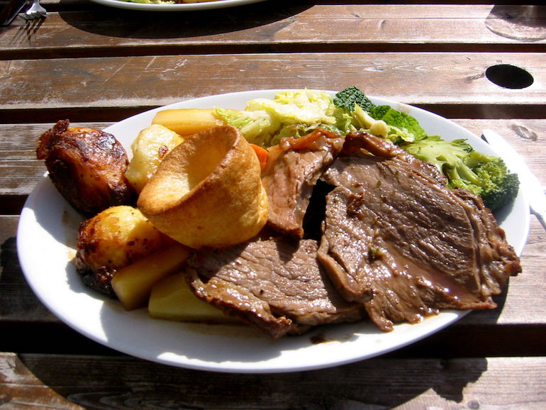 English Sunday lunch with roast beef, roast potatoes, vegetables and Yorkshire pudding. Photo Credit: ©Jeremy Keith via Wikimedia Commons.