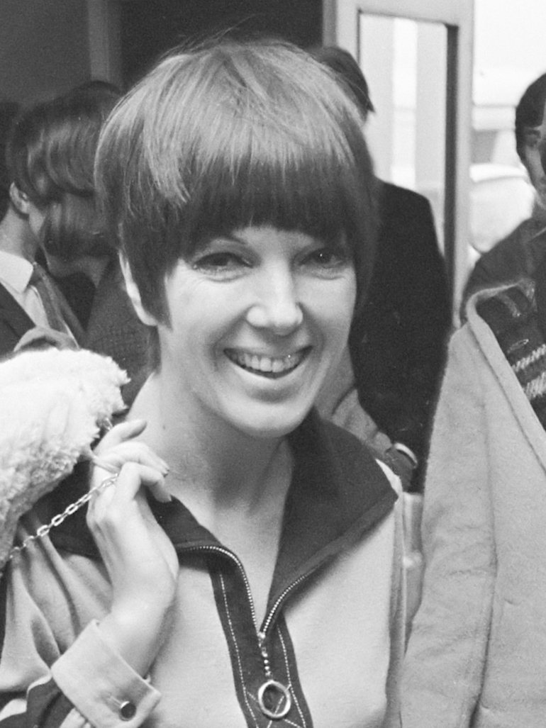 Mary Quant in December 1966. Photo Credit: © Jac. de Nijs / Anefo via Wikimedia Commons.