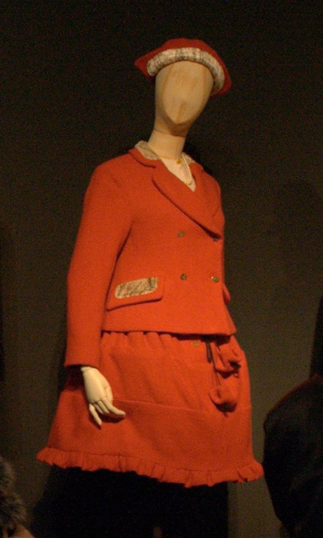 Vivienne Westwood Mini Crini. Photo Credit: © Woehning via Wikimedia Commons.
