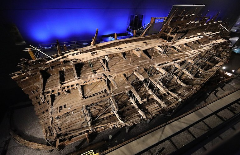 Remains and support structure for Mary Rose, King Henry VIII's prized warship. Photo Credit: © Geni @ Wikimedia Commons.