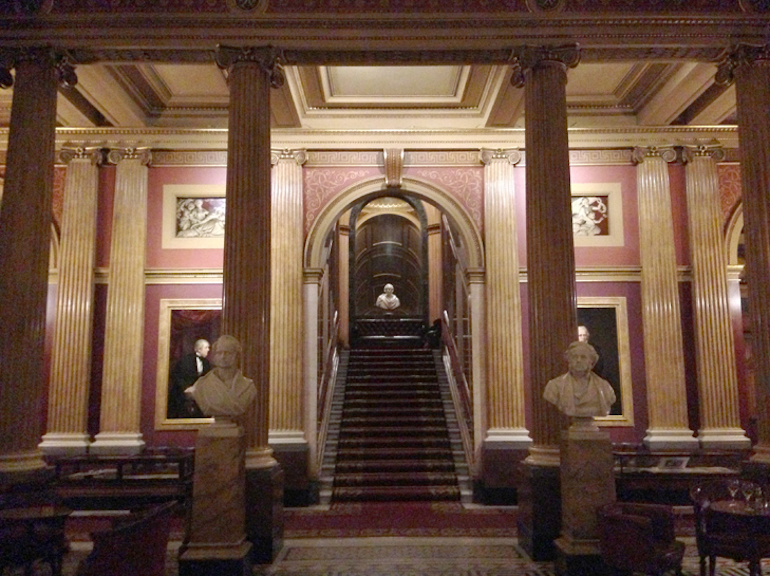 Lobby of the Reform Club, a private members club in London featured in Bridergton. Photo Credit: © Alexander Williams via Wikimedia Commons.