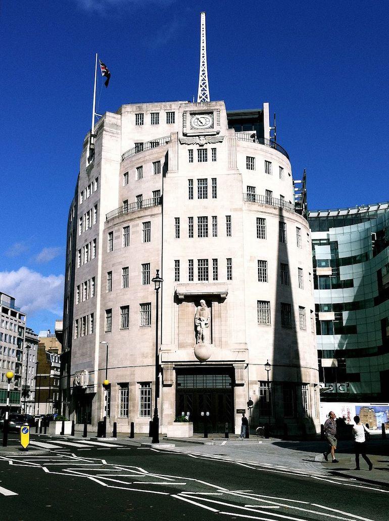Broadcasting House in London. Photo Credit: © Keriluamox via Wikimedia Commons.