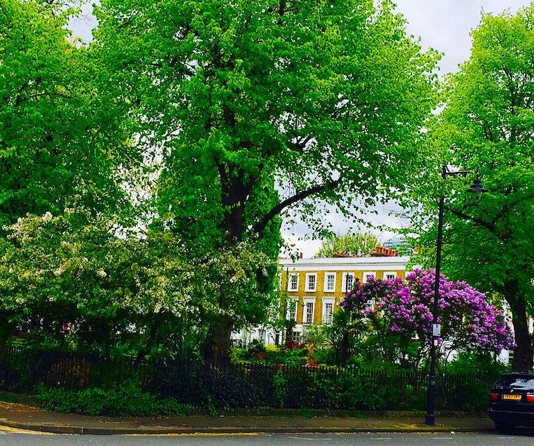 Grade II listed Arlington Square in Islington, London. Photo Credit: © Sebastianhistory via Wikimedia Commons.