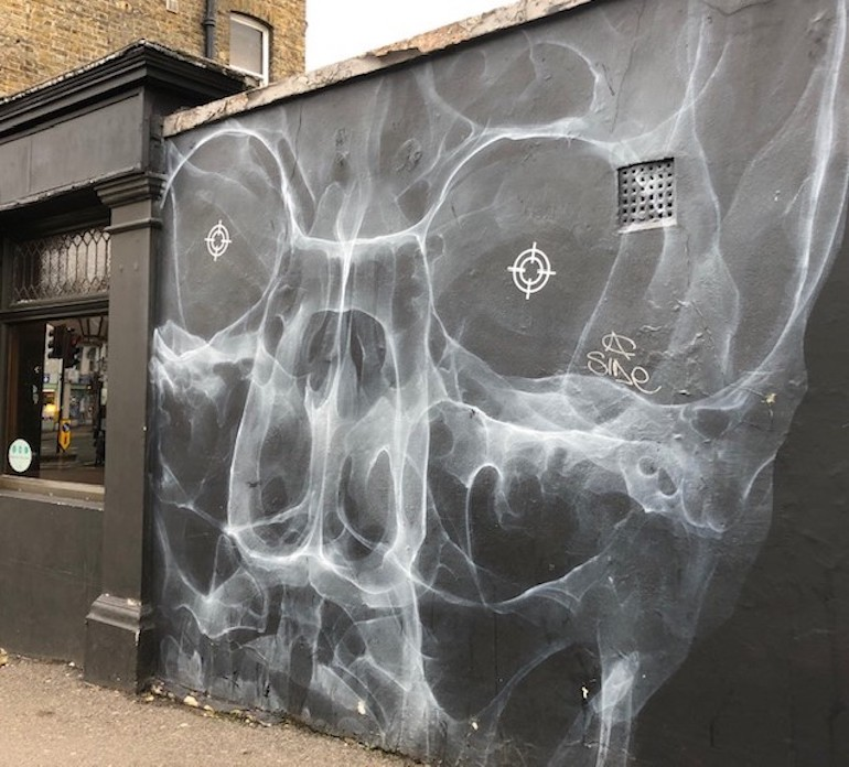 I See Through You, Shol-1, Bell Pub, Forest Road, Walthamstow. Photo Credit: ©Gail Jones.