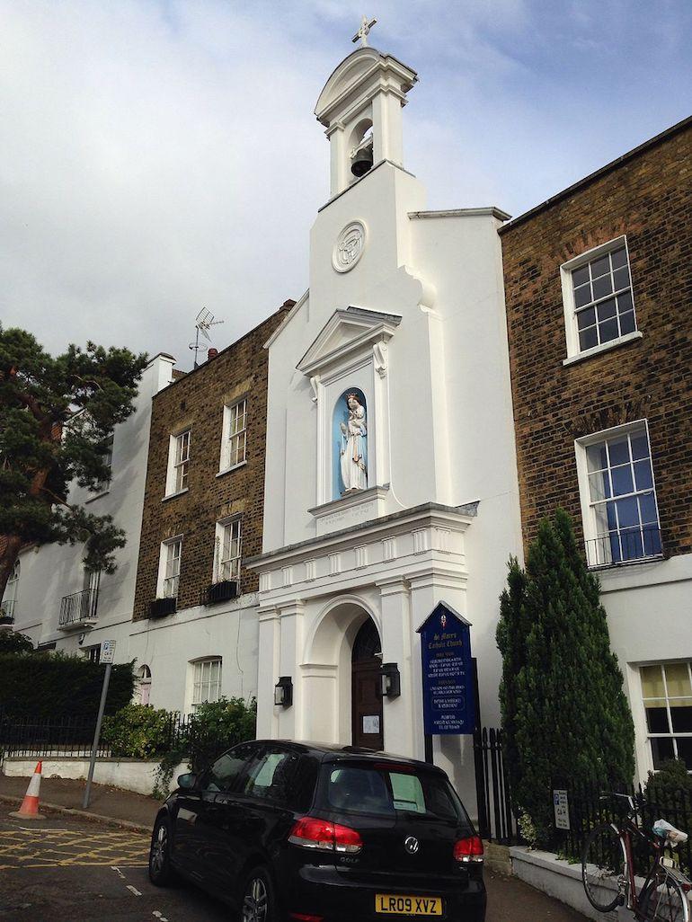 St. Mary's Hampstead, London. Photo Credit: © Gareth E. Kegg via Wikimedia Commons.