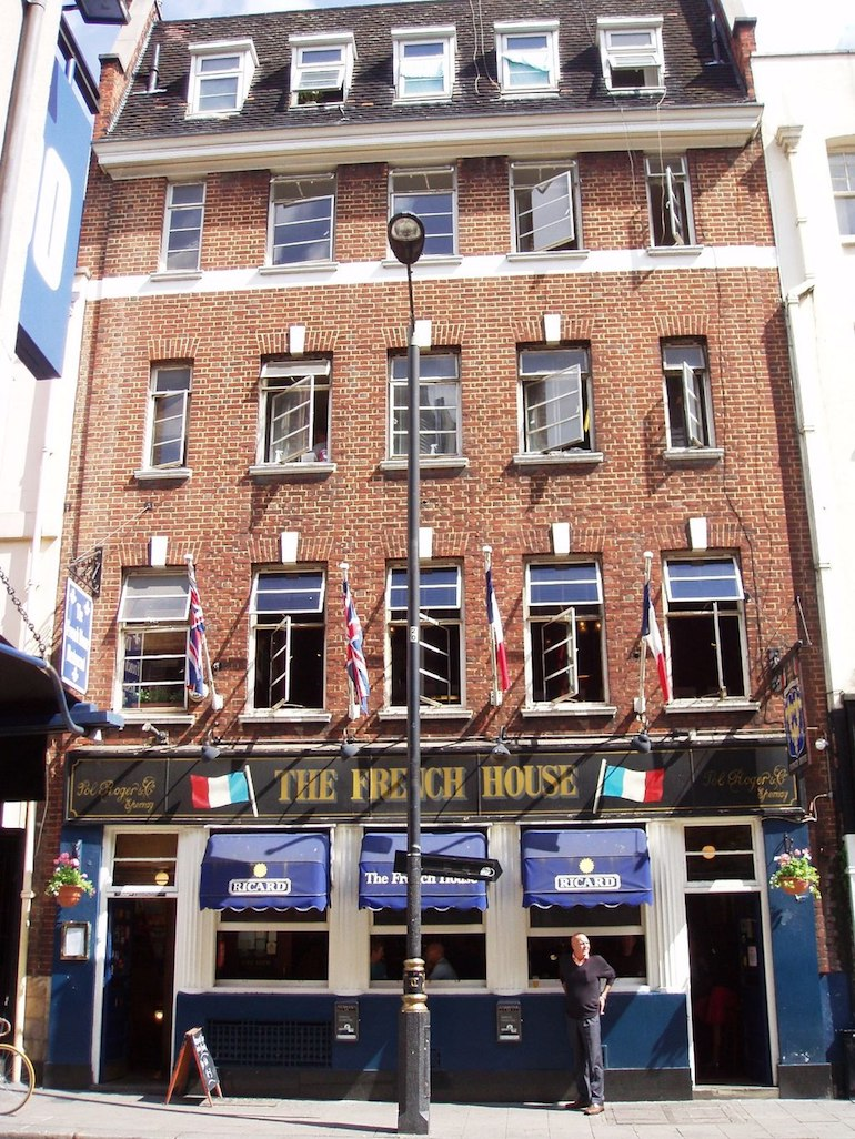 The French House pub in Soho area of London. Photo Credit: © Ewan Munro via Wikimedia Commons.
