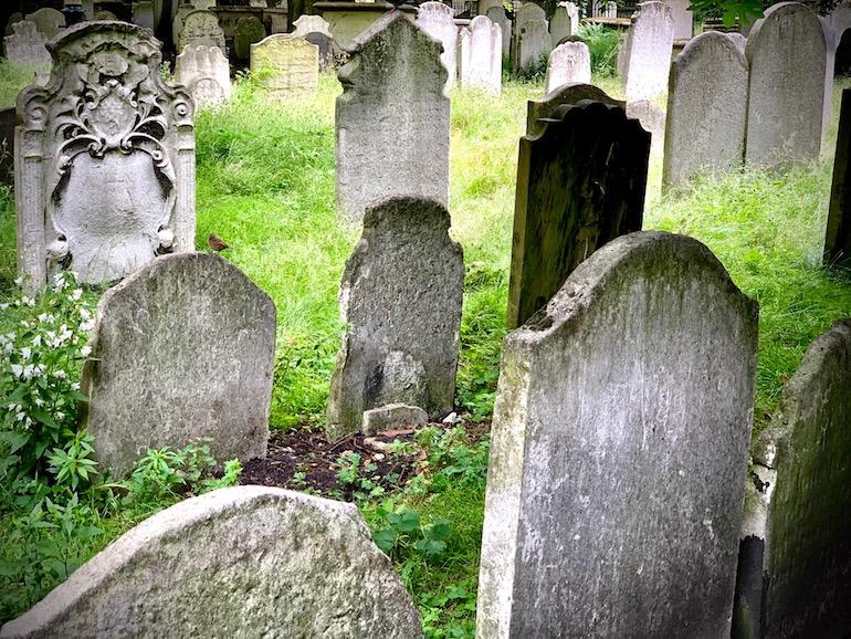 Bunhill Fields Cemetery. Photo Credit: © Antony Robbins.