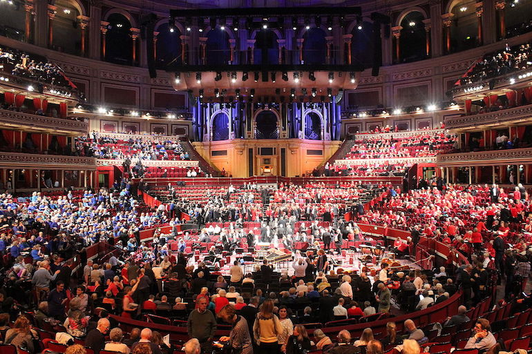 A promenade concert in the Royal Albert Hall, 2004. Photo Credit: © MykReeve via Wikimedia Commons.