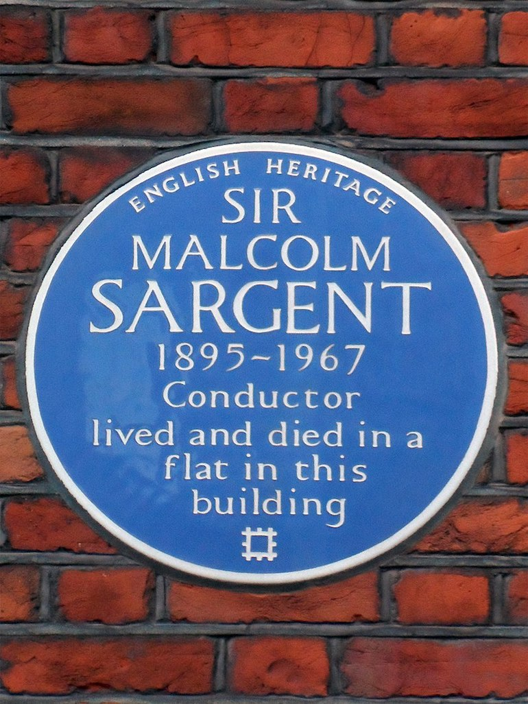Blue plaque for Sir Malcolm Sargent. Photo Credit: © Spudgun67 via Wikimedia Commons.