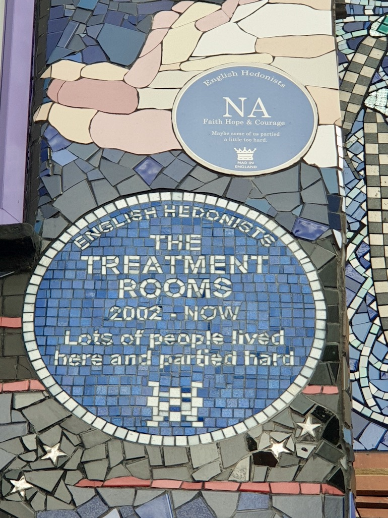 Blue plaques at the Carrie Reichardt Mosaic House, Chiswick area of London. Photo Credit: © Christopher Hayden.