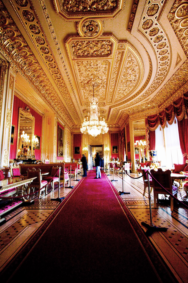 Crimson Drawing Room at Windsor Castle. Photo Credit: © Empirically Grounded via Wikimedia Commons.
