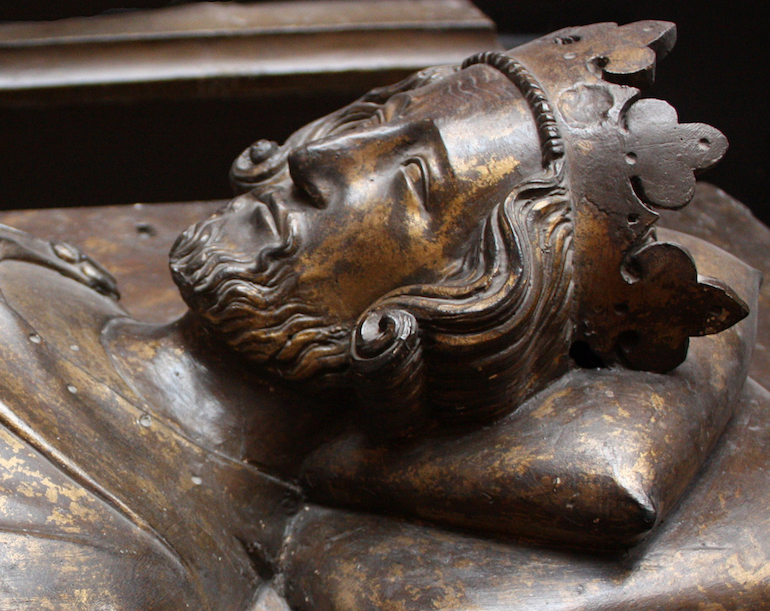 Effigy of Henry III on his tomb in Westminster Abbey. Photo Credit: © Valerie McGlinchey via Wikimedia Commons.